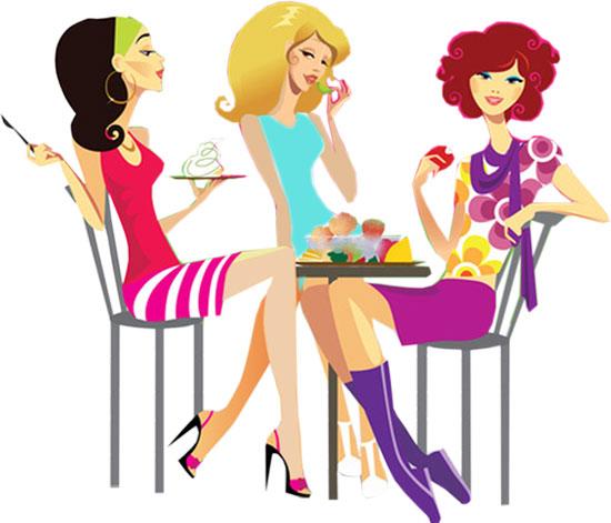 Девушки сидят за столиком