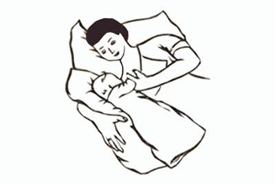grudnoe-kormlenie-novorozhdennogo-rebenka