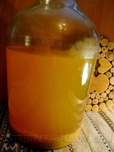 Яблочный уксус в бутыли