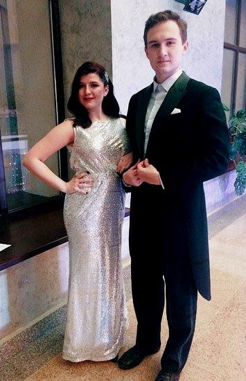 Элегантная пара мужчина и женщина