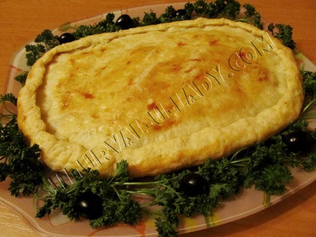 Греческий луковый пирог с оливками