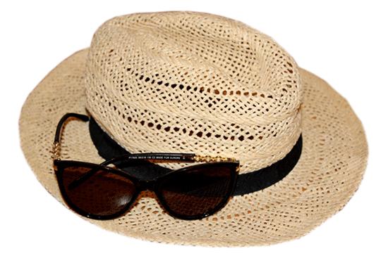 Шляпа, солнцезащитные очки