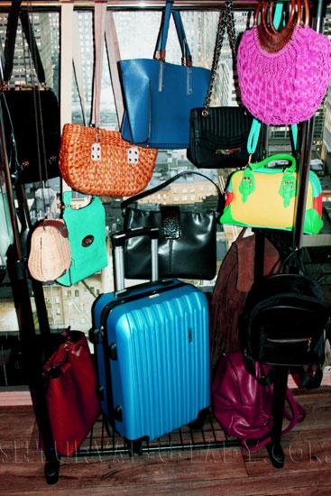 Разнообразные женские сумки