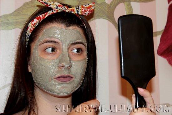 Голубая глина для лица: нанесение на кожу