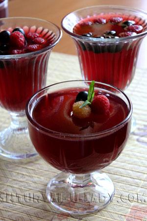 Ягодное желе глинтвейн с красным вином
