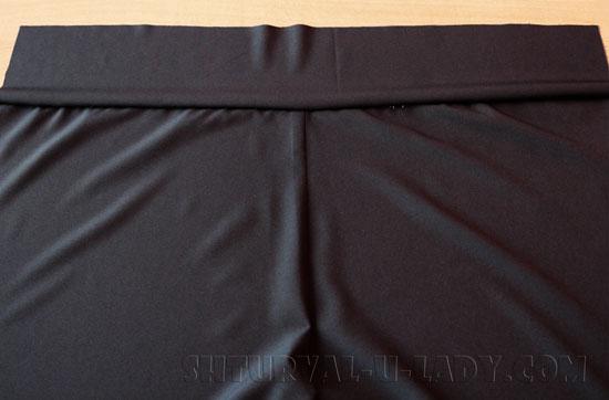 Притачивание пояса к задней части брюк