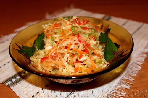 Салат из капусты в маринаде