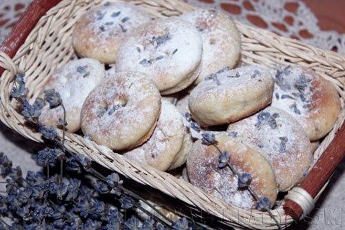 pechenie-s-dobavleniem-tsvetov-lavandy