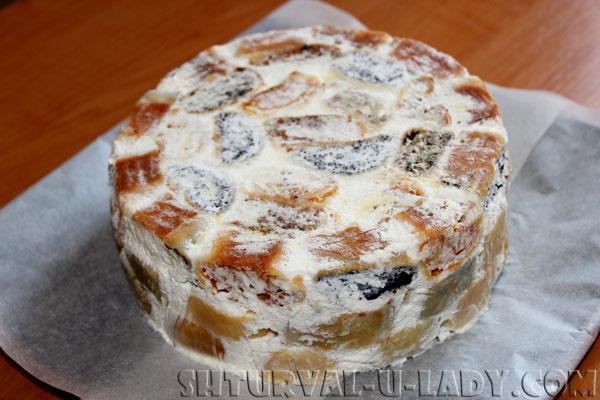 Торт Лабиринт перед покрытием кремом