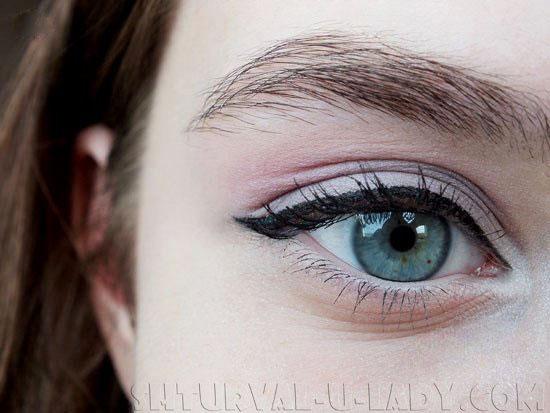 Вечерний макияж глаз со стрелками
