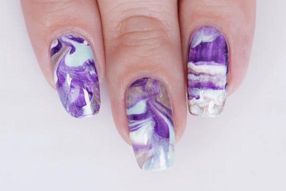 Абстракции на ногтях гель лаком в сиреневых тонах