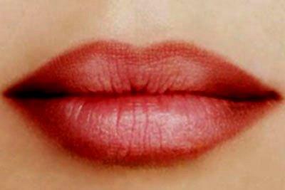 Техника омбре на губах