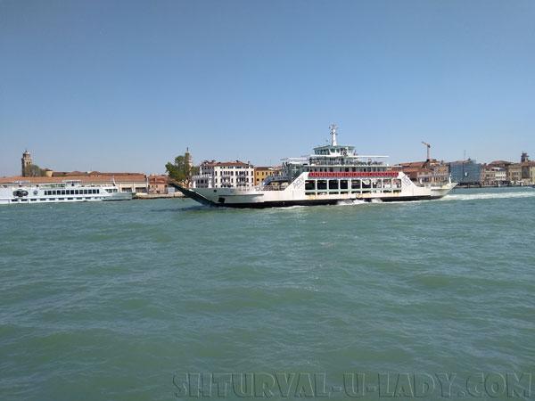 Венеция город на воде в Италии
