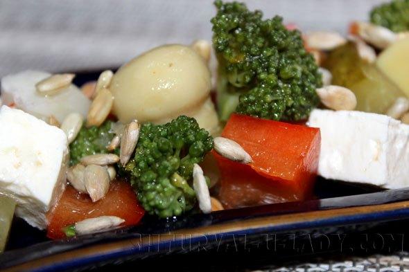 """Овощной салат с """"Фетой"""" и грибочками"""