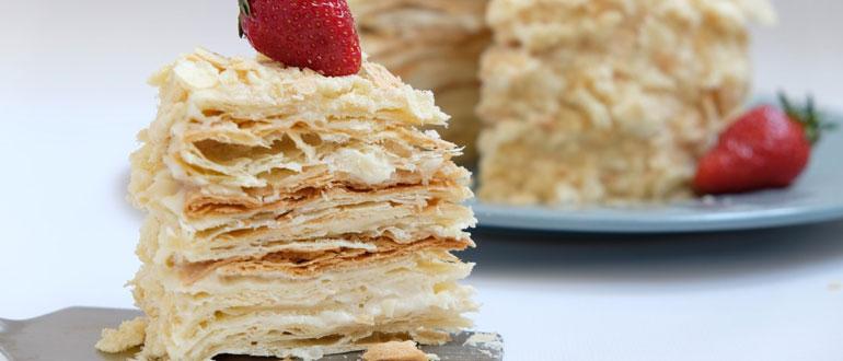 Пирожное наполеон слоями