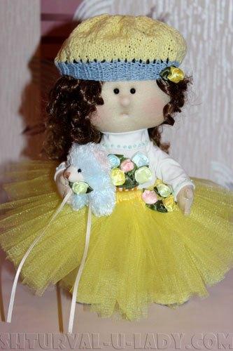 Текстильная куколка с мишкой