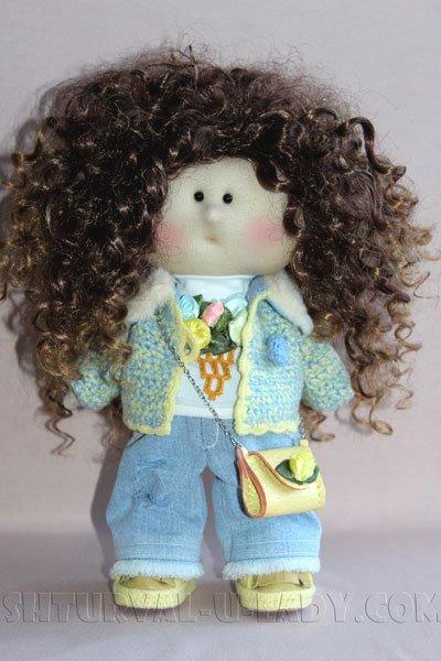 Текстильная куколка кучерявая