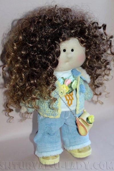 Текстильная кукла кучеряшка