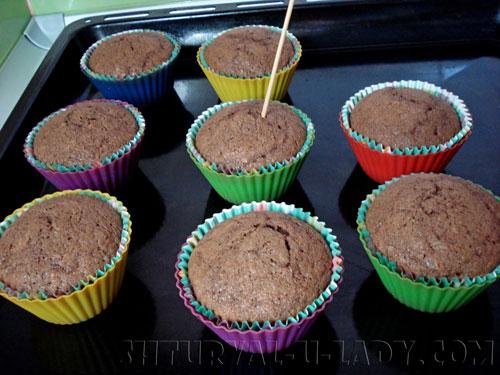 Выпечка шоколадных капкейков