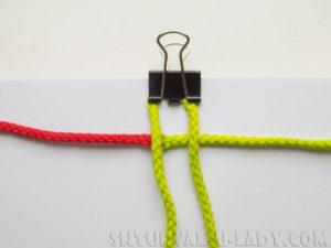 Начало плетения браслета