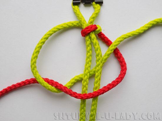 Плетение из шнуров браслета