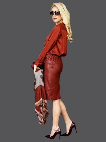 Тотал лук с красной кожаной юбкой