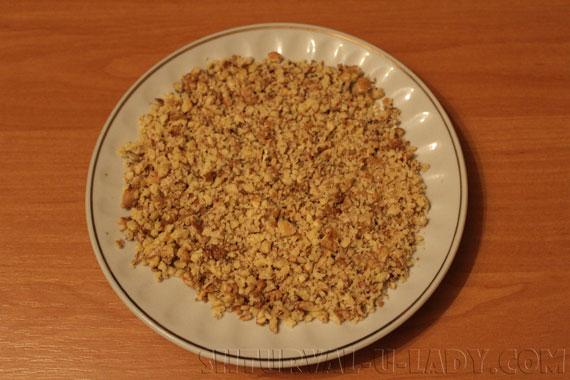 Измельченные орехи для начинки
