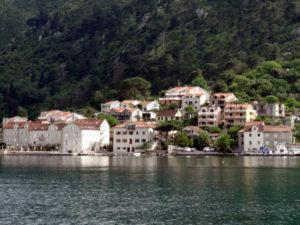 городок Доброта в Черногории