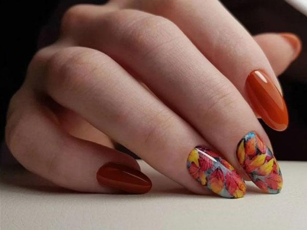 Модный маникюр осенние листья