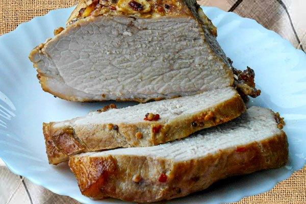 Нарезка буженины из свинины