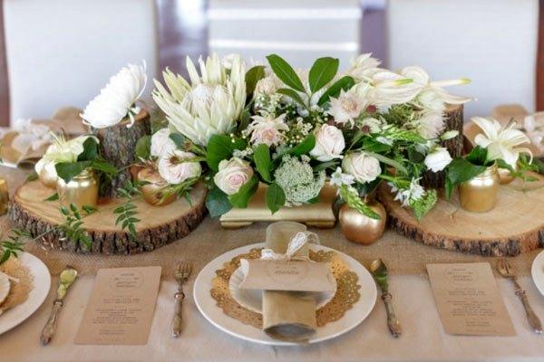 Декор стола на эко свадьбе