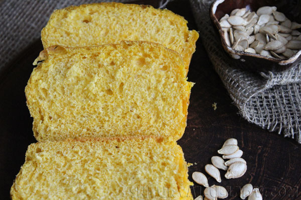 Тыквенный хлеб в разрезе