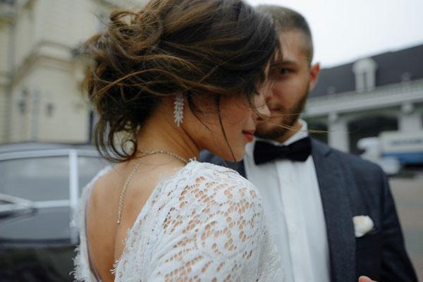 Романтическая прическа невесты