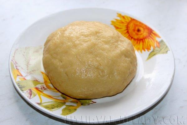 Сформированное тесто в виде шара