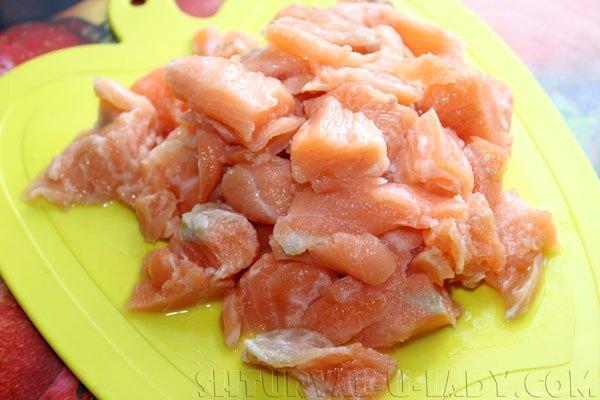 Филе лосося нарезка