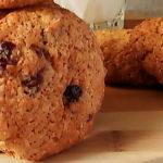 Круглое печенье овсяное с клюквой вяленой