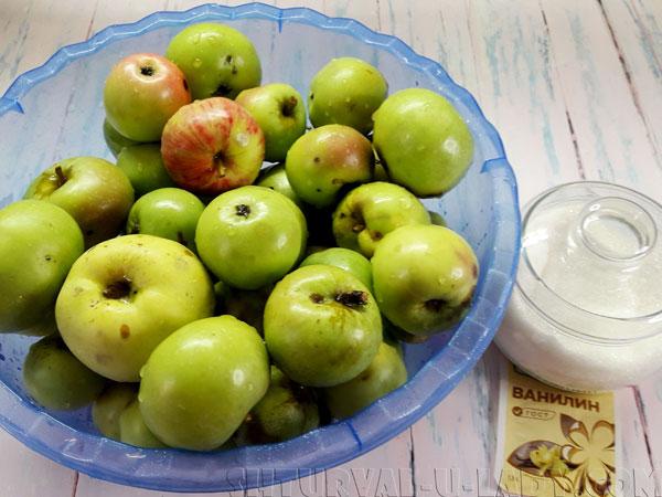 Плоды яблок, сахар, ванилин